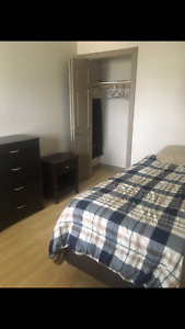 Bedroom for rent - no lease required