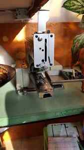 Brother - Button hole machine - Industrial Cambridge Kitchener Area image 2