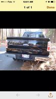 FORD F150 BLACK TAILGATE FOR SALE SUPER CHEAP