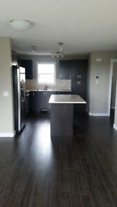 $1600.00 Brand New 2 Bedroom Town Home in Airdrie