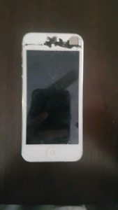 Broken IPHONE 5s for sale
