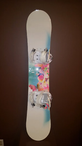 Womens / Girls Firefly Snowboard with bindings