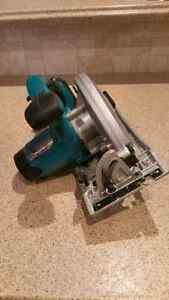 18V LXT, 6 1/2-inch Circular Saw (Tool Only) Kitchener / Waterloo Kitchener Area image 4