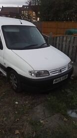 Citroen Belingo with full tax and test roof rack no rust tidiest van I've Seen for age