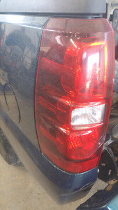 2009 Chevy Avalanche Tail Light