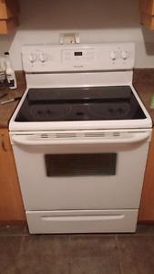 Poêle et réfrigérateur a vendre