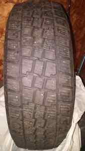 Set of 4 Hercules Avalanche Extreme Snow Tires