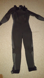 Wetsuit; Womens; 4/5mm