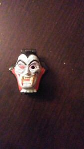 Mighty Max Shrunken Heads Vampyre 100% Complete Set Playset from