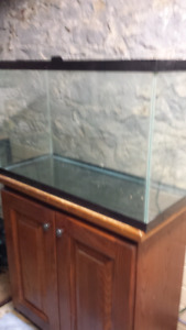 Fish tank with wood stand 30 gallons
