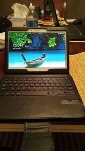 10 INCH 16GB SAMSUNG GALAXY TAB 3 INCLUDE KEYBOARD CASE + CHARGE