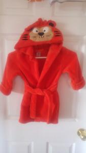 "Orange ""tiger"" housecoat 2T/3T"