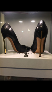 Casadei*Blade* Worn Once! Limited Edition Heels size : US10