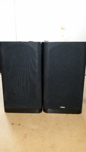 Energy C-200B-1 Bookshelf Speakers