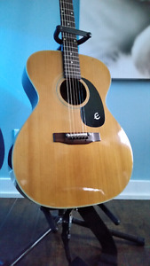 Guitare epiphone cabalero ft 130 anné 70