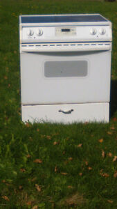 Free older Kenmore Stove/Oven - Partially working Peterborough Peterborough Area image 1