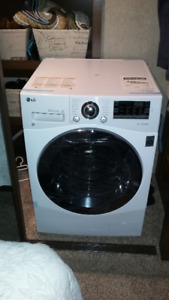 LG 2.3 CU.FT ALL IN WASHER DRYER  LGWM3488HW