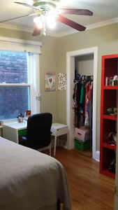 1.	AVAILABLE MAY 1 TO SEPT 1, FURNISHED ROOM AT DUFFERIN & BLOOR