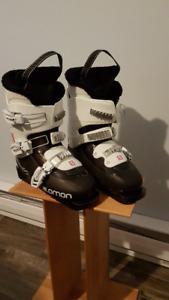 Salomon T3 Junior Ski Boots (Girl's) - excellent condition!!
