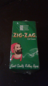 Zig Zag papers box of 100 -50 per booklet new not opened
