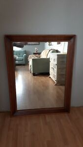 Antique large mirror,.wood frame 44X35 inches great condition,