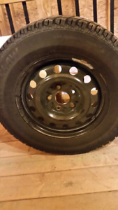 4 Snow tires on rims with TPMS  Artic claw  5 bolt winter rims