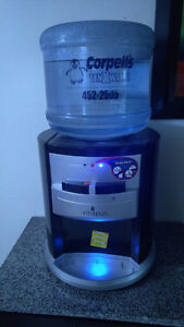 Table top HOT/COLD water cooler