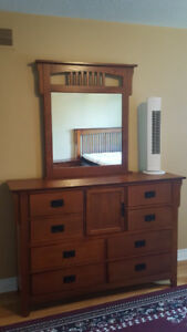 BEDROOM SET FOR SALE!