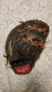 Rawlings Heart of the Hide 1st base glove