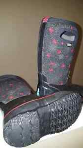 Boys Bogs boots, size 12