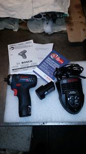 Bosch screwdriver gun used