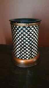 Scentsy warmer.