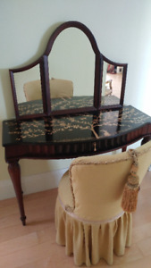 Vanity Chair | Buy & Sell Items, Tickets or Tech in Ontario ...