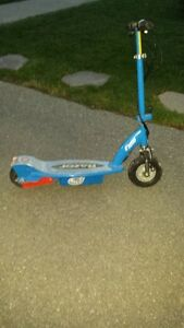 Razor E100 Scooter AS IS