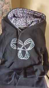 Name brand zip up and pullover hoodies