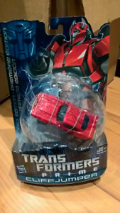 Transformers Transformer Prime Cliffjumper. New in Box.