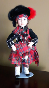 Ashton-Drake Scottish Bagpiper