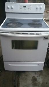 Used Ceramic top Frigidaire stove - $80 or best reasonable offer