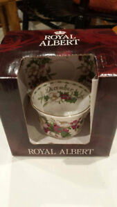 2002 ROYAL ALBERT CUP AND SAUCER BNIB. MONTH OF DECEMBER.