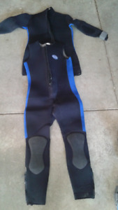 Mens XL 7mm 2 Piece Ocean Run Sport Wet Suit