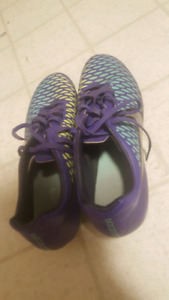 Magista soccer shoes 40 obo