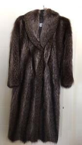 A vendre - Manteau de fourrure en chat sauvage - S/M