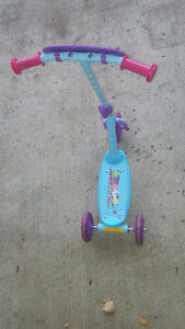 Toddler's Scooter (Girls, Cupcake)