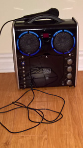 Excellent Karaoke set with mic for sale