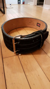 Grizzly weightlifting belt XXL $65