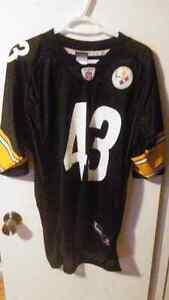 Like new Official NFL Steelers Troy Polamalu Jersey