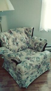 Loveseat & Matching Chair