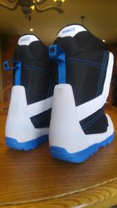 Burton snowboard boots (10.5)