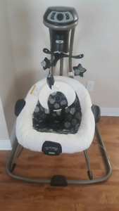 Graco swing multidirectional with bouncer