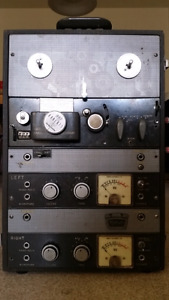 Roberts 997 4track Stereo Reel to Reel Tube Recorder